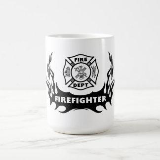 Feuerwehrmann-Tätowierung Tasse