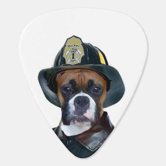 Feuerwehrmannboxerhund Plektrum