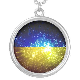 Feuerwerk; Ukraine-Flagge Versilberte Kette
