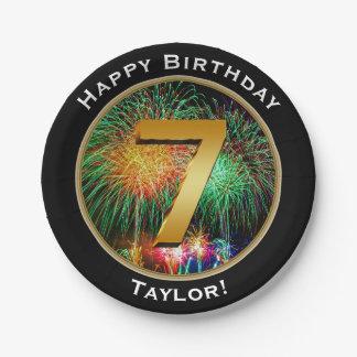 Feuerwerks-glücklicher 7. 7. Geburtstag mit Namen Pappteller