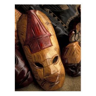 Fidschi, Viti Levu Masken an einem Stadtmarkt Postkarte
