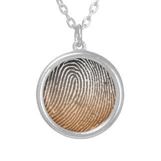 Fingerabdruck in Brown Halskette Mit Rundem Anhänger