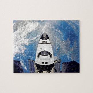 Fisch-Augen-Ansicht-Raumfähre-Atlantis-Umlaufbahn Puzzle