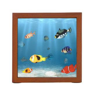 Fische im Ozean Stifthalter