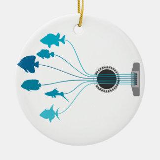 Fischen Sie eine Gitarre Keramik Ornament