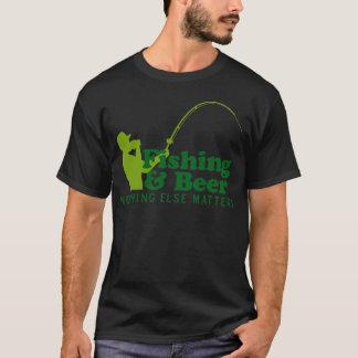 Fischen und Bier T-Shirt