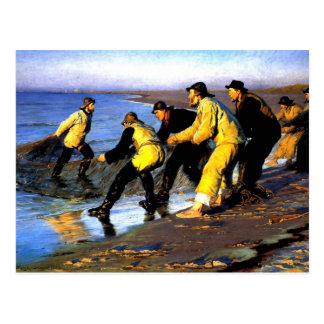 Fischer, die das Netz auf Skagens Nordstrand Postkarte
