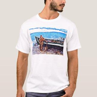 Fischer durch sein Boot T-Shirt