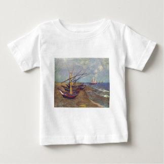 Fischerboote auf dem Strand durch Vincent van Gogh Baby T-shirt