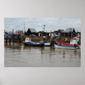 Fischerboote und Hütten Poster