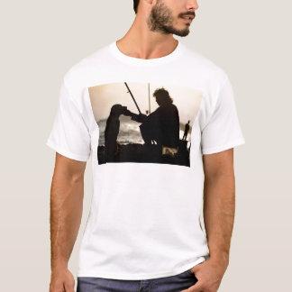FISCHEREI MIT SEINEM HUND IN VENEDIG T-Shirt