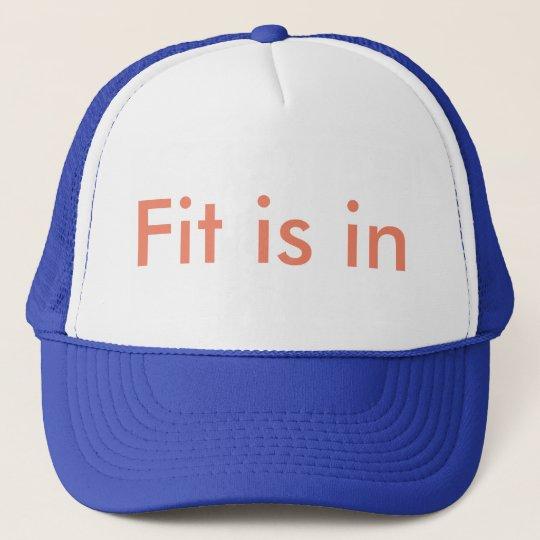 Fit is in 'Cap Truckerkappe