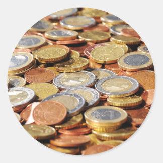 Fläche aus Euromünzen Runder Aufkleber
