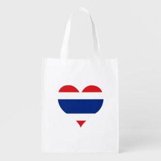 Flagge von thailändischem auf Metallhintergrund