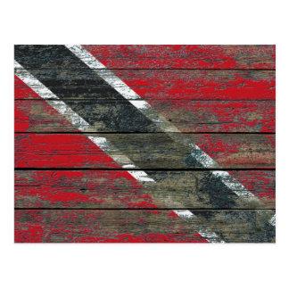 Flagge von Trinidad auf rauem Holz verschalt Postkarte