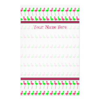 Flamingo-Briefpapier-- rosa und grünes Muster Individuelle Druckpapiere