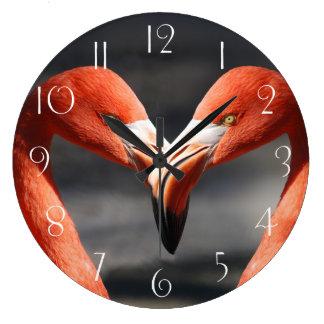 Flamingo-Liebe Große Wanduhr