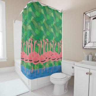 Flamingos auf Parade Duschvorhang