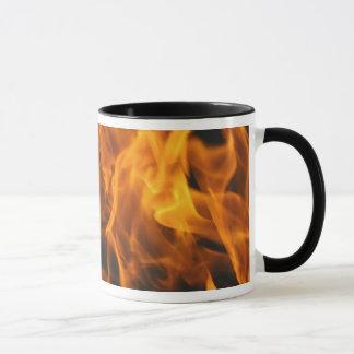 Flammen und Feuer Tasse