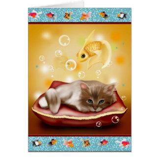Flaumiges Baby Kätzchen am Kissentag träumend von Karte
