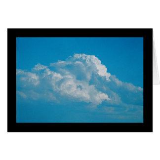 Flaumiges Weiß-Wolken-Lied von Solenoid. 7:6 Karte