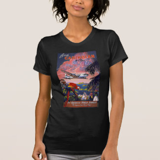 Fliege zum karibischen Pan American World Airways T-Shirt