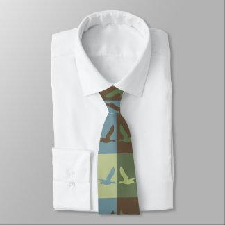 Fliegen-Enten-Pop-Kunst redete Krawatte an