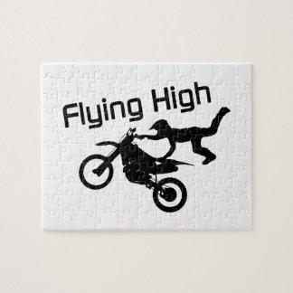 Fliegende hohe Schmutz-Fahrrad-Bremsung Puzzle