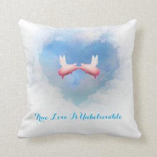 Fliegende Schwein-Küssen-Wahre Liebe ist Kissen