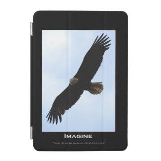 Fliegender kahler Adler u. Himmel stellen sich iPad Mini Cover