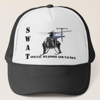 FLIEGENKLATSCHE spezielle Waffen und Truckerkappe
