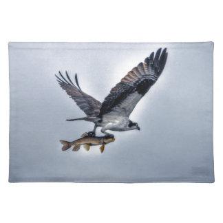 FliegenOsprey mit Foto der Hornhautfleck-Fisch-HDR Stofftischset