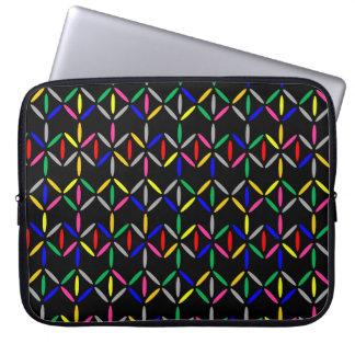 flippiges Retro mutiges auf schwarzem Hülsenkasten Laptopschutzhülle