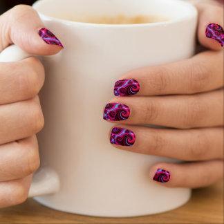 Flippiges Rosa-und Türkis-Strudel-Muster Minx Nagelkunst