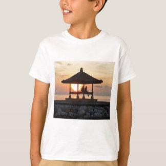 Flitterwochen in Bali T-Shirt