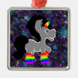 Flockiges Regenbogenraum-Einhorn Quadratisches Silberfarbenes Ornament