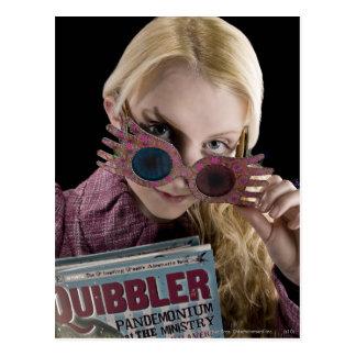 Flüchtige Blicke Lunas Lovegood über Gläsern Postkarte