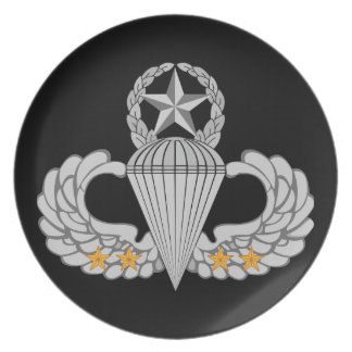 Flügel Sprung des Armee-Kampfes vier Teller