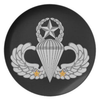 Flügel Sprung des Armee-Kampfes zwei Teller