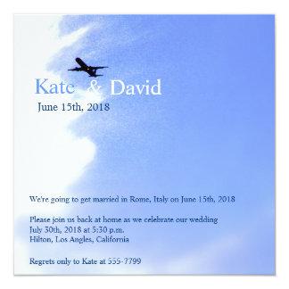 Flugzeug-Himmel-Hochzeit in Urlaubsorts-Gewohnheit Quadratische 13,3 Cm Einladungskarte
