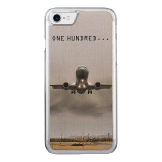 Flugzeug im begriff zu landen carved iPhone 8/7 hülle