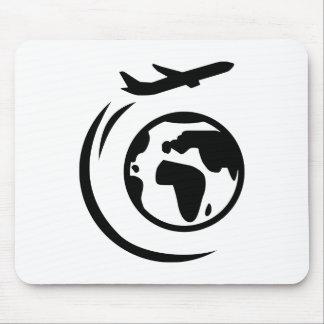Flugzeug um Weltkugel Mauspad