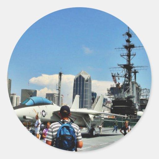 Flugzeugträger-Schiff Runder Aufkleber