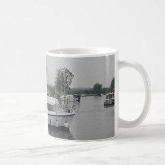 Fluss-Kreuzer Kaffeetasse