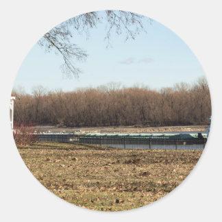 Fluss-Leben Runder Aufkleber