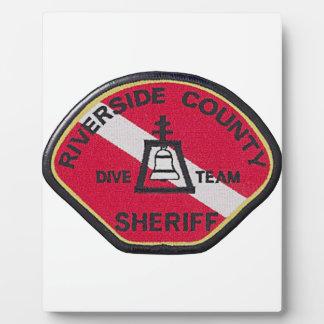 Flussufer-Sheriff-Tauchen-Team Fotoplatte