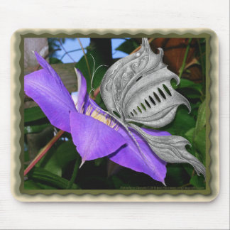 Flutterby auf Clematis Mousepad