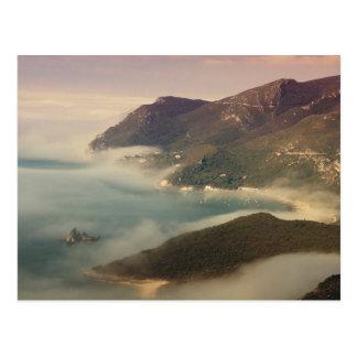 Foggy Ocean Postkarte