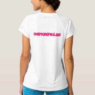 """Fokus und überwundener"""" Sport-Tek Leistungs-T - T-Shirt"""