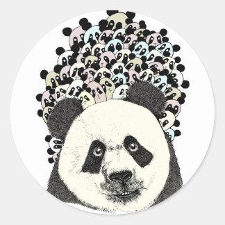 Folgen Sie dem Panda Runder Aufkleber